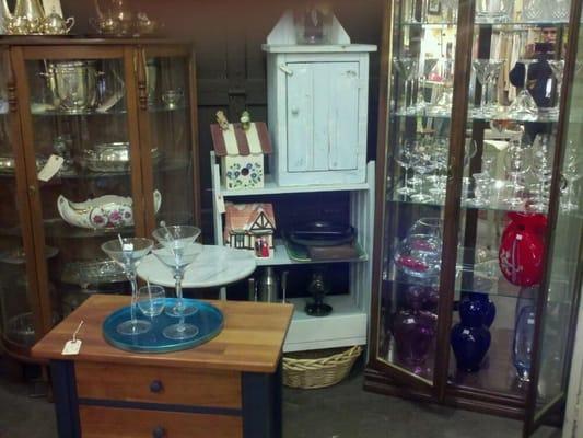 Blue Door Antiques & Elements 946 Fulton St E Grand Rapids, MI Antique  Dealers - MapQuest - Blue Door Antiques & Elements 946 Fulton St E Grand Rapids, MI