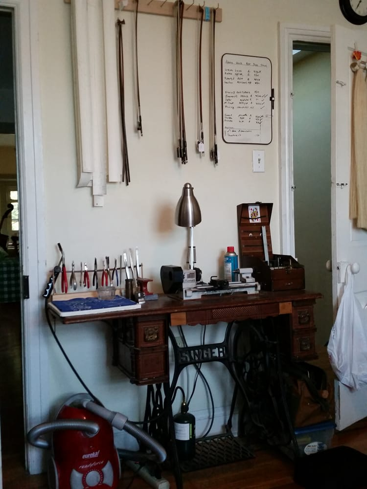 Mount Airy Violins & Bows