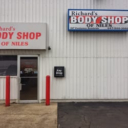 Richards Body Shop >> Richard S Body Shop Of Niles 5759 W Touhy Ave Niles Il 2019