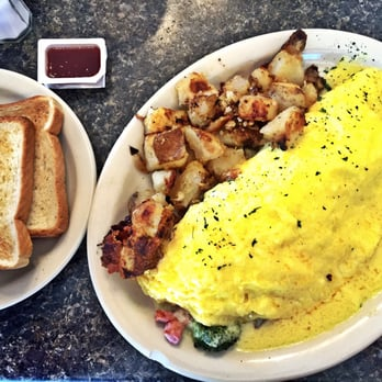 Photo Of George S Coffee Gloucester Ma United States Benedict Omelet