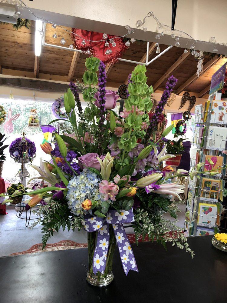 Lois Flower Shop: 19146 Pineville Rd, Long Beach, MS
