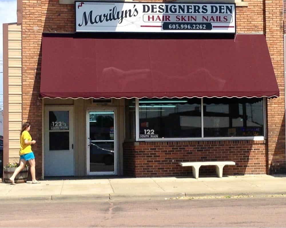 Marilyn's Designers Den: 122 S Main St, Mitchell, SD