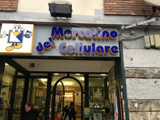 Il mercatino del cellulare tel fonos celulares via for Il mercatino roma