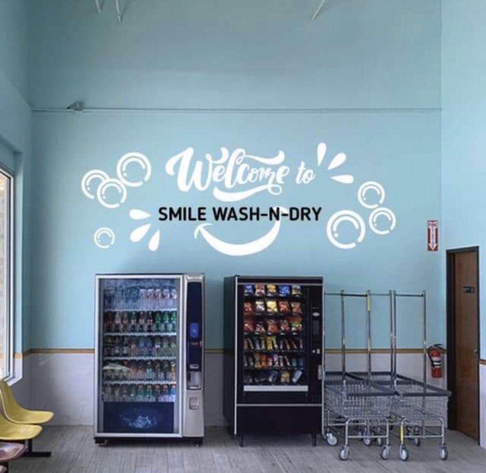 Smile Wash N Dry: 2351 E Arkansas Ln, Arlington, TX