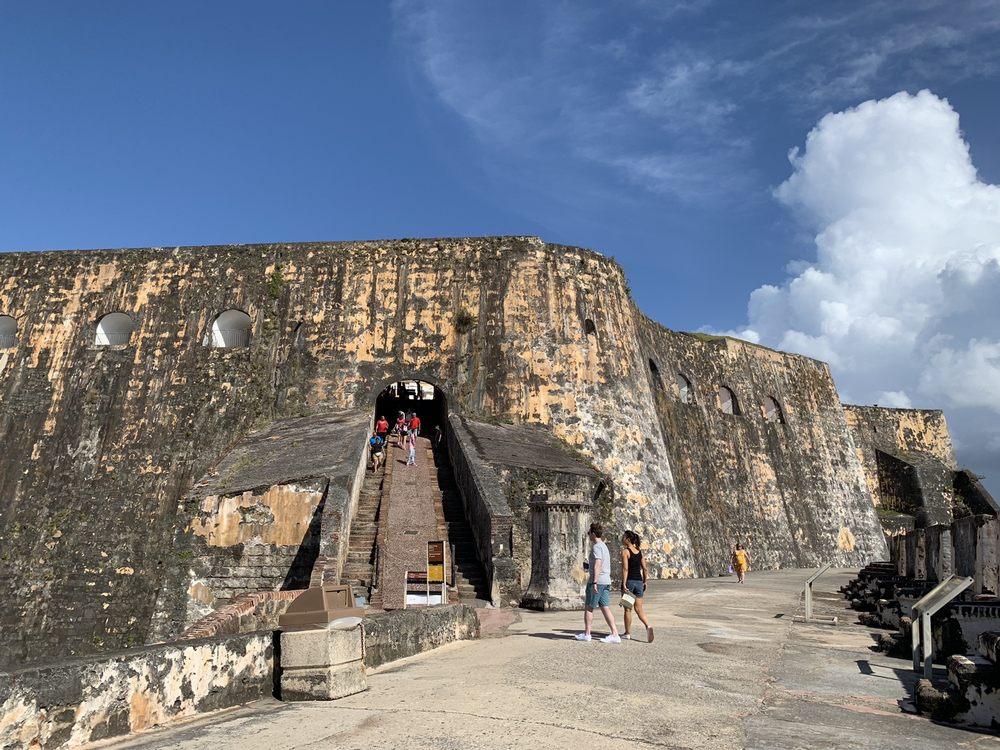 Castillo San Felipe del Morro: Calle del Morro 1, San Juan, PR