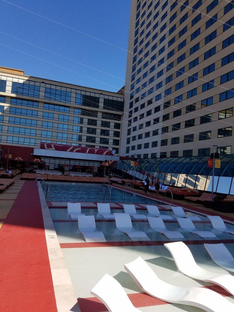 H2O Pool & Bar: 600 Huron Ave, Atlantic City, NJ