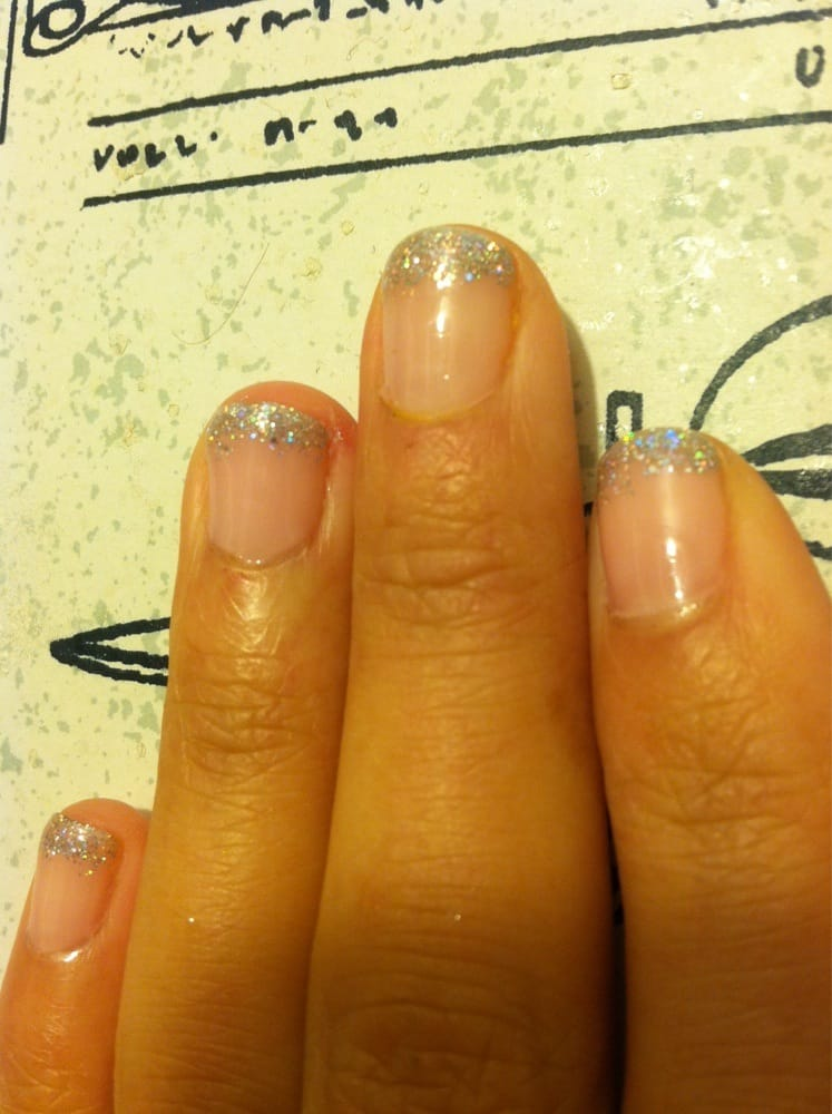 My sister 39 s gel manicure by amy yelp for 4 sisters nail salon