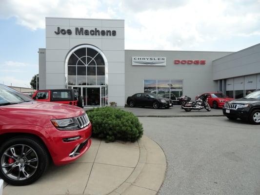joe machens chrysler dodge jeep ram 1310 vandiver dr columbia mo auto dealers mapquest. Black Bedroom Furniture Sets. Home Design Ideas