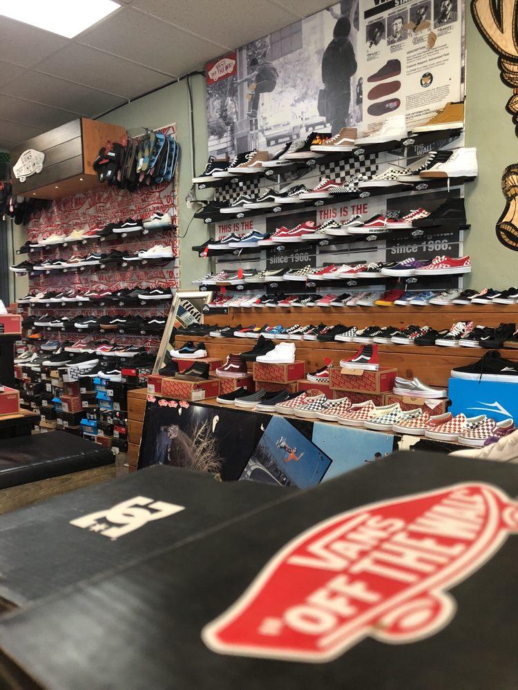 Viva Skateboards: 1709 Howard Rd, Madera, CA