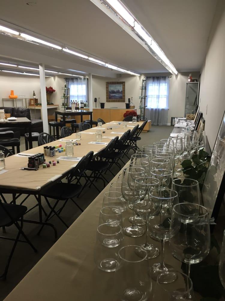 Cindy's Fine Wine & Spirits: 755 Boston Post Rd, Westbrook, CT