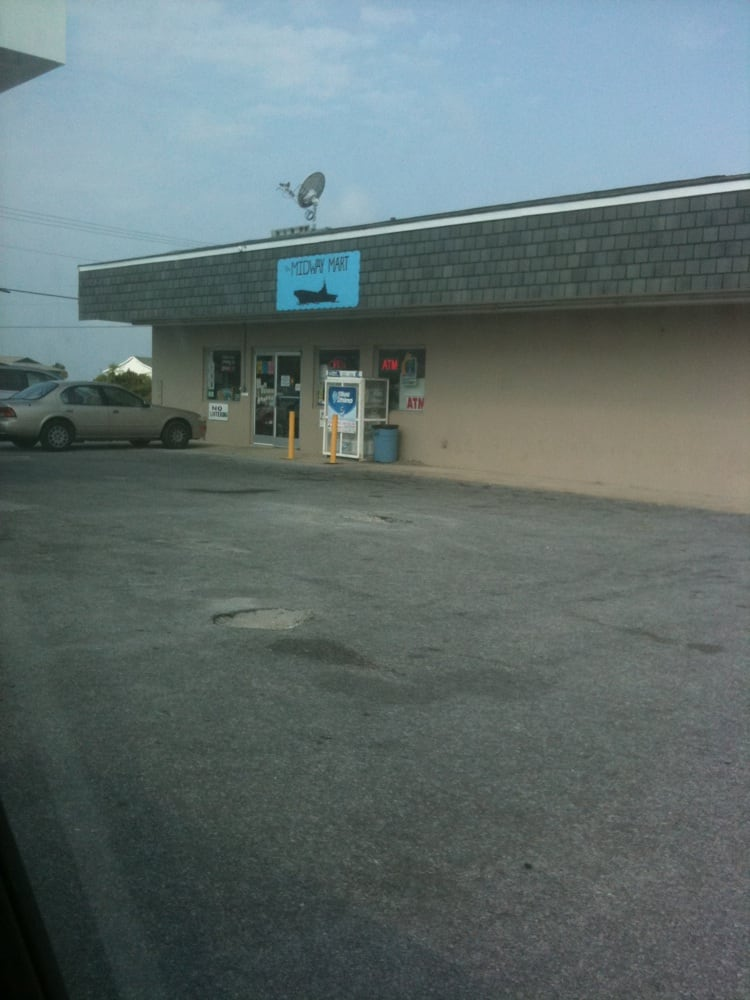 Midway Mart: 600 Cape Lookout Dr, Harkers Island, NC