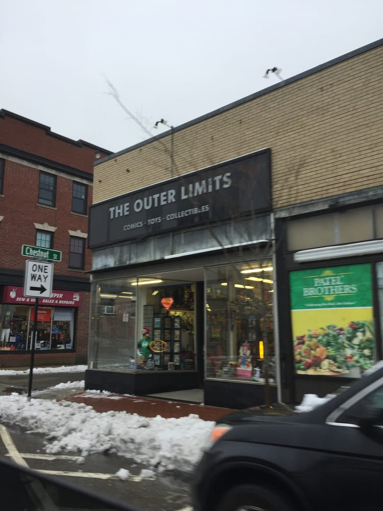 The Outer Limits: 437 Moody St, Waltham, MA