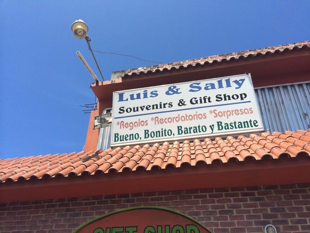Luis And Sally's Souveniers: Puerto Rico 3, Rio Grande, PR