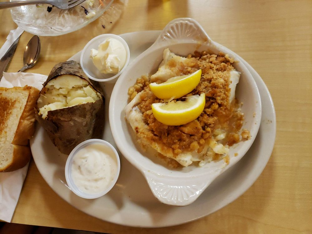 Bonanza Family Restaurant: 725 Main St, Presque Isle, ME