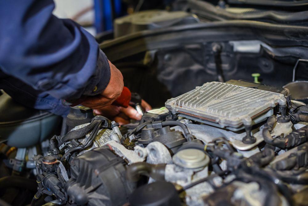 Robert Warren's Automotive Repair: 1366 Churchville Rd, Southampton, PA