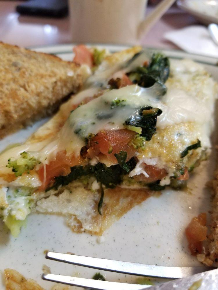 Pondfield Cafe: 3 Pondfield Rd W, Bronxville, NY