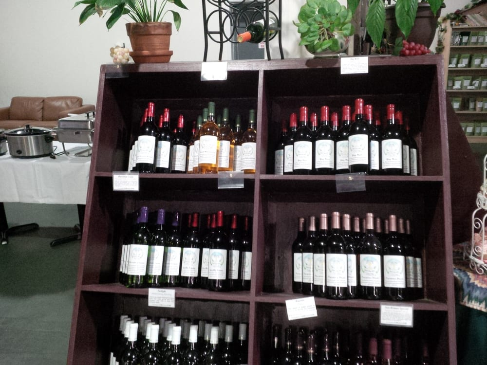 Unicorn Wine Guild: 1816 Washington Blvd, Belpre, OH