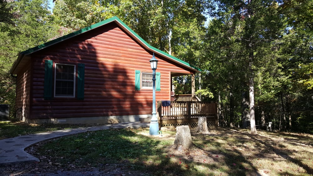 cedar rock cabins: 6005 State Rt 37 N, Goreville, IL