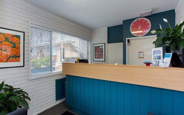 Adamstown Elizabeth Motor Inn Hotel 165 Brunker Rd