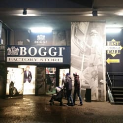 Boggi factory store v tements pour hommes viale lancetti 28 monumentale milan italie for Milan factory outlet