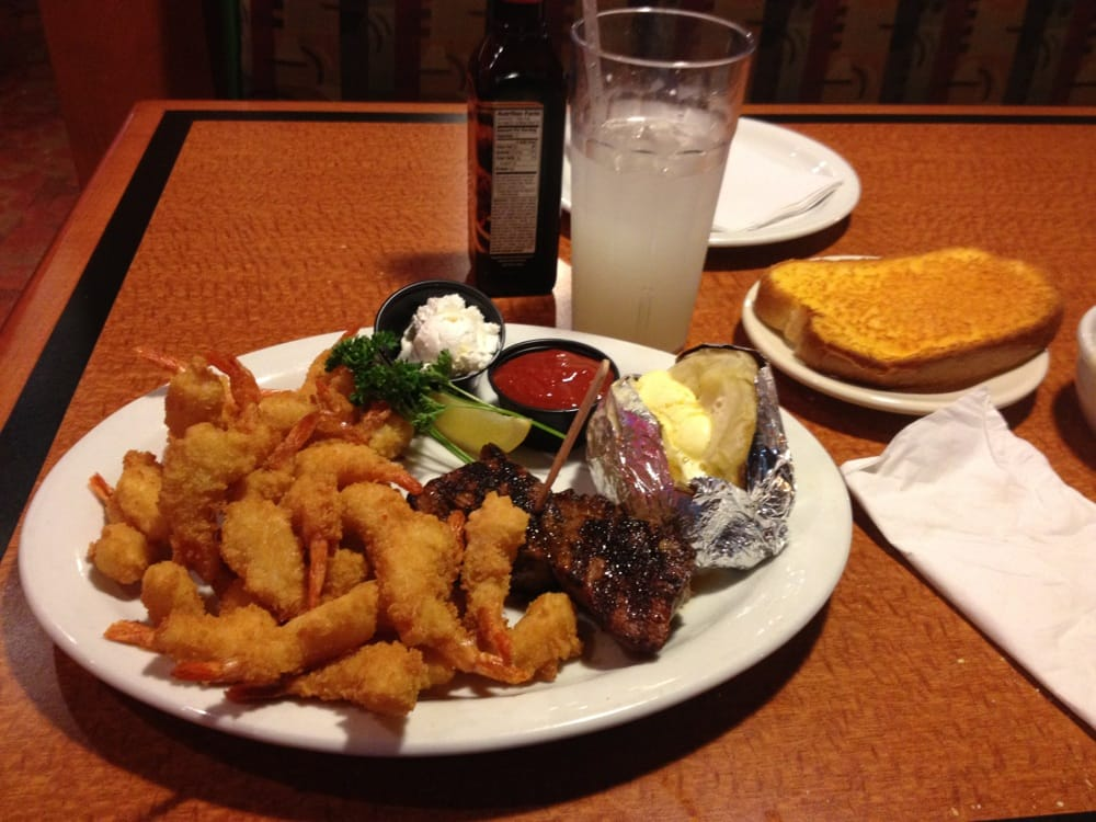 How to use a Sizzler coupon Sizzler has fresh, tasty food at great prices. With specials and promotions offered throughout the year you can save money and eat fresh everyday, at reasonable prices.