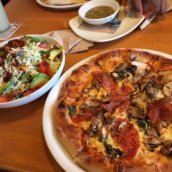 California Pizza Kitchen At Del Monte Monterey Ca