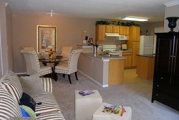 Legends Terrace Apartments: 400 Legends Ter Dr, Eureka, MO