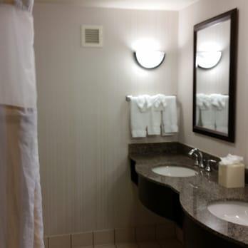 Hilton Garden Inn Atlanta Perimeter Center 35 Photos 47 Reviews Hotels 1501 Lake Hearn