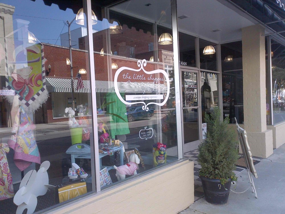 Little Shoppes of Washington: 223 W Main St, Washington, NC