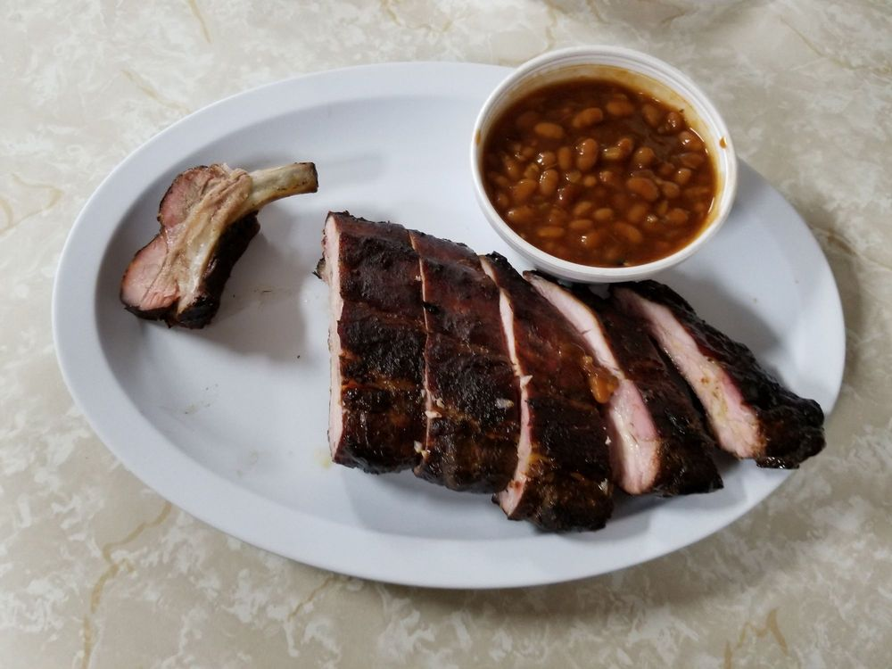 Porky's Blazin' Bar-B-Q: 9512 S Buckner Tarsney Rd, Grain Valley, MO