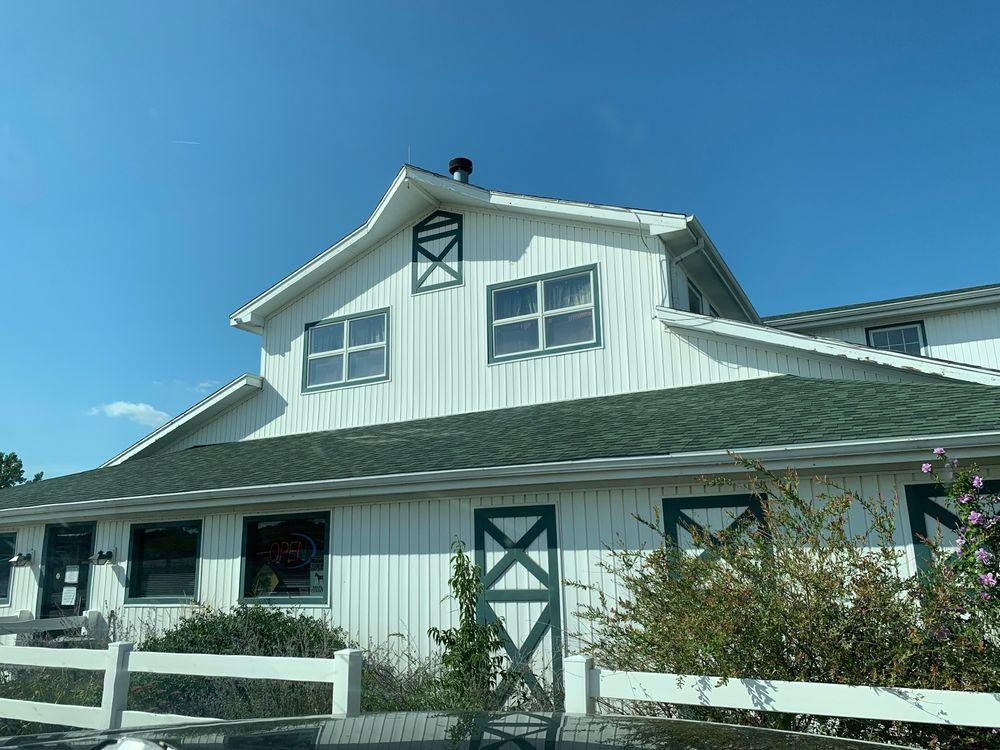 Enchanted Frog Antiques: 7950 E Highway 116, Lathrop, MO