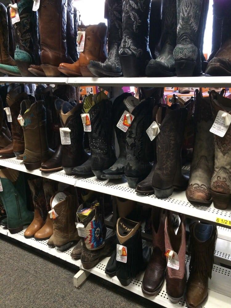 Kleinschimdt's Western Store: 19715 Outer Rd, Higginsville, MO