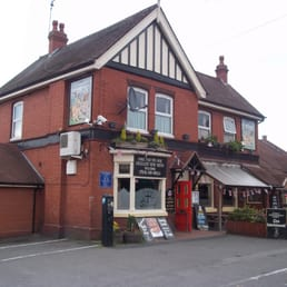 Knights Quest Pubs 126 High Street Rowley Regis West