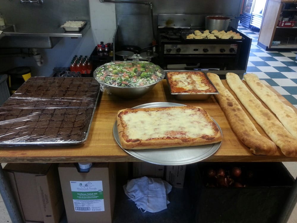 Timbo's Pizza: 23258 Two Rivers Rd, Basalt, CO
