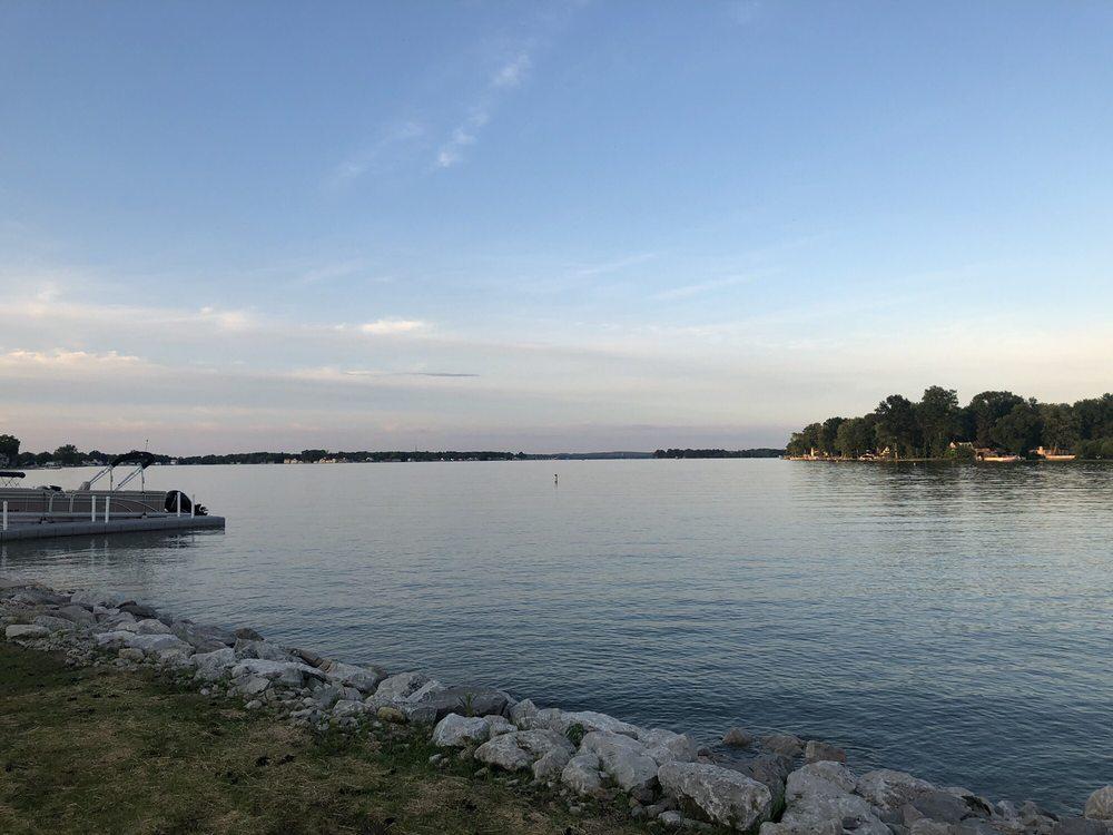 Buckeye Lake State: 2905 Liebs Island Rd, Buckeye Lake, OH