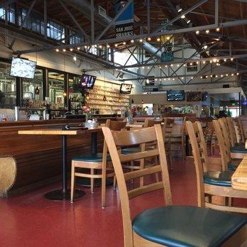 Tied House Cafe Brewery 408 Mga Larawan At 850 Mga Review