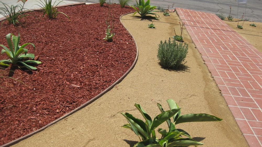 Mulch and dg installation desert landscape ideas yelp for Landscaping rocks in los angeles