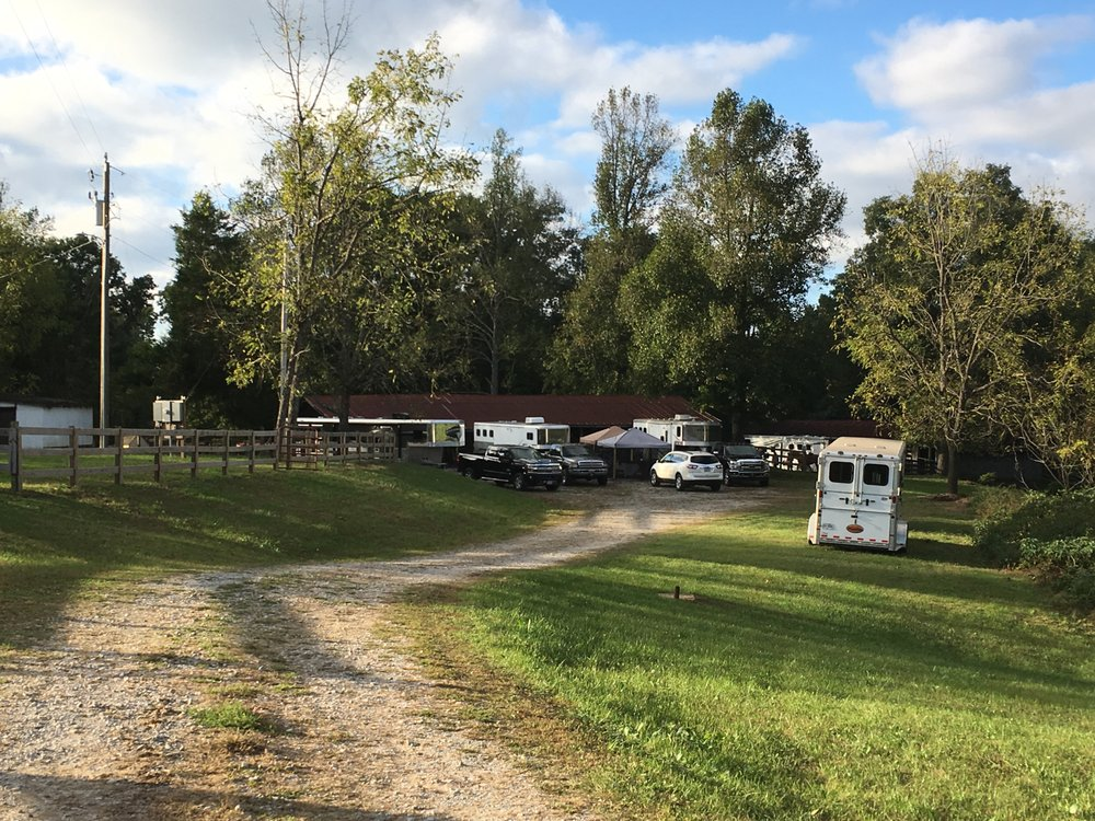 Big South Fork Lodge and Campground: 3607 Leatherwood Ford Rd, Jamestown, TN