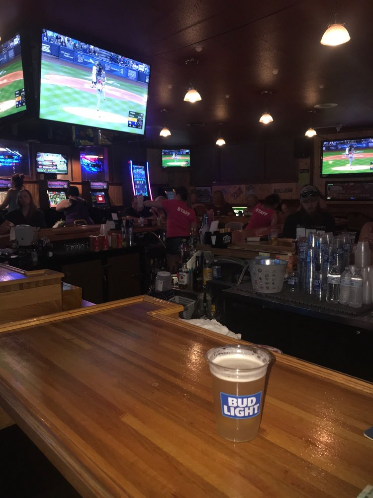 PourBoys Sports Bar: 507 N Main St, Fond du Lac, WI