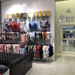 25b6dfc00e6 Pure Atlanta - 13 Photos   12 Reviews - Women s Clothing - 3393 Peachtree  Rd NE