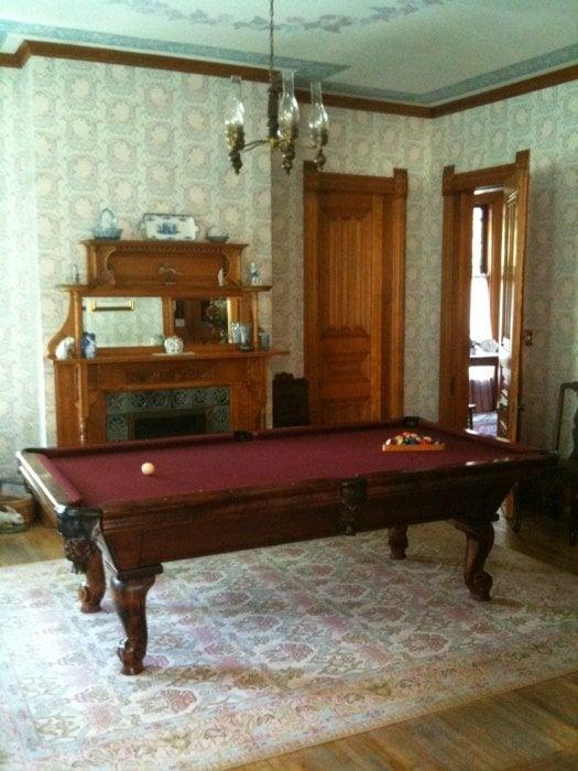 Phipps Inn Bed and Breakfast: 1005 3rd St, Hudson, WI