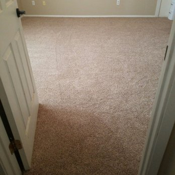 Ray s flooring studio 24 photos carpet fitters 200 for Flooring modesto