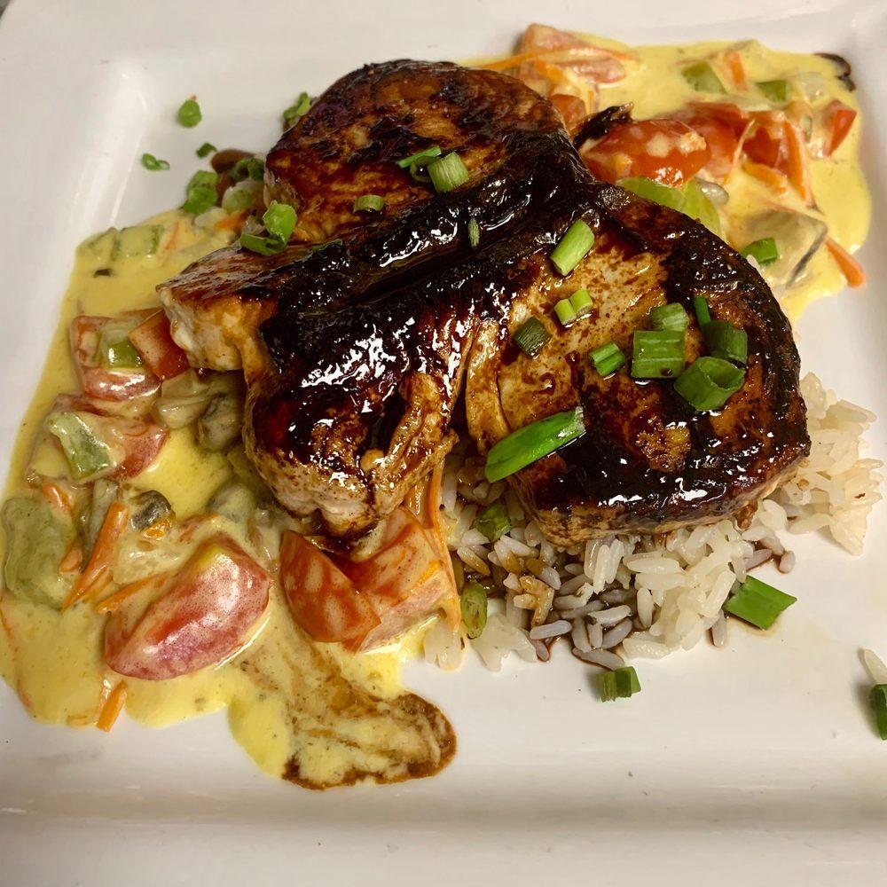 Fish Bites Seafood Restaurant: 6132 Carolina Beach Rd, Wilmington, NC