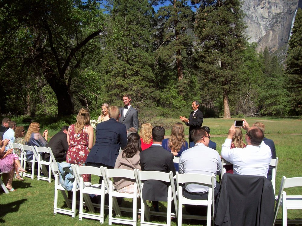 Yosemite Weddings: 4877 Wildwood Rd, Mariposa, CA