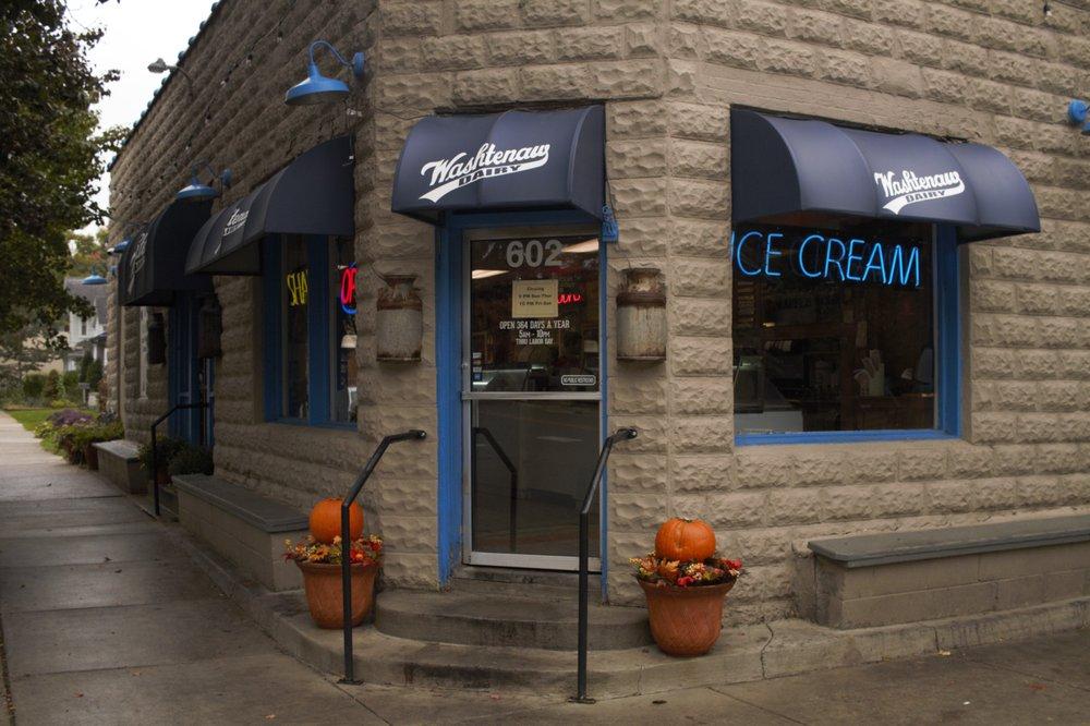 Washtenaw dairy 52 foto e 148 recensioni donut 602 s for Affitti della cabina di ann arbor michigan