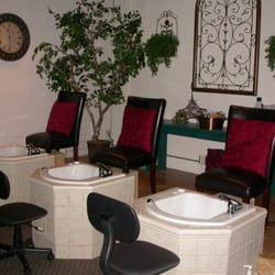 Uptown Salon Day Spa Closed Hair Salons 218 E Charlemont Ave