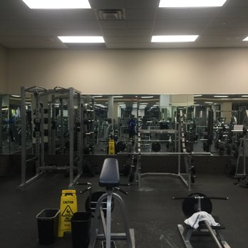 LA Fitness Photos Reviews Gyms Sherman Ave - La fitness locations us map