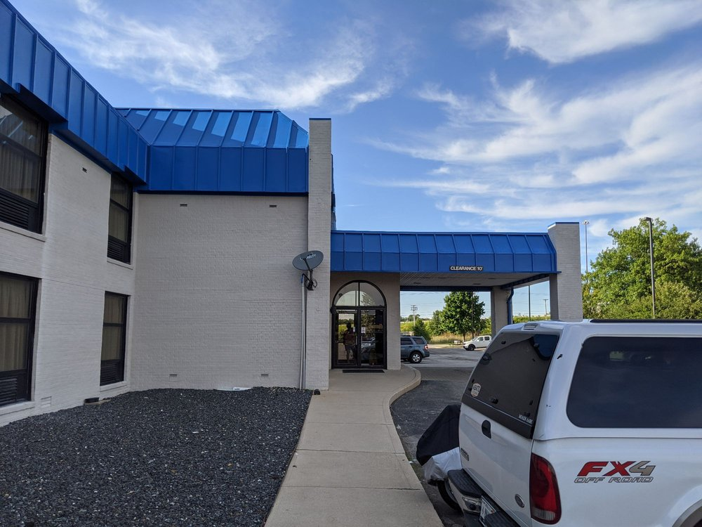 Motel 6: 6030 National Road East, Richmond, IN