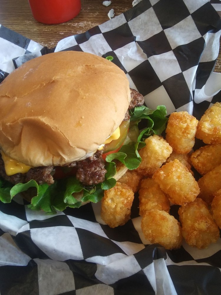 Burger Station: 118 East Oklahoma, Okeene, OK