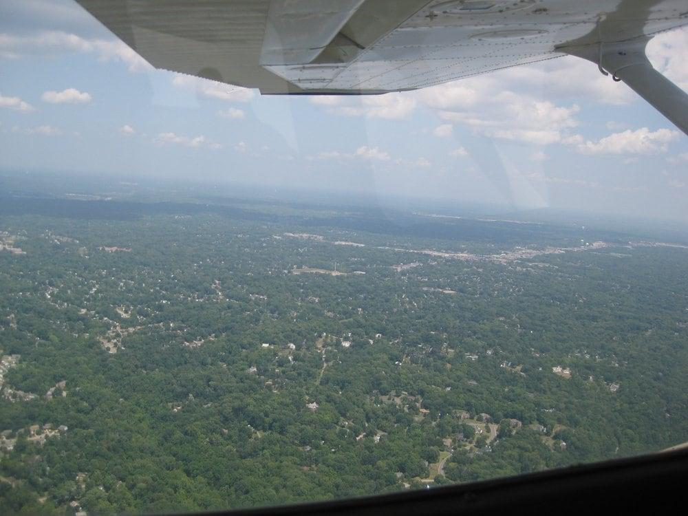 Lunken Flight Training Center: 4500 Airport Rd, Cincinnati, OH